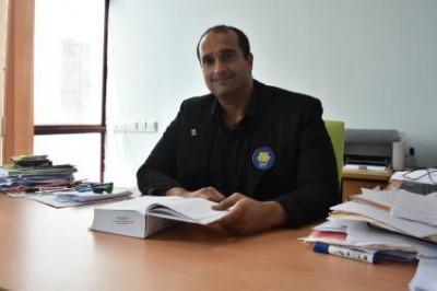 dr Hafezali Iqbal Hussain